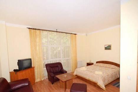 Сдается 1-комнатная квартира посуточно в Терсколе, поляна Чегет, ООО «Поворот», 1.
