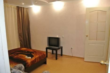 Сдается 2-комнатная квартира посуточно в Нижнекамске, строителей 17.