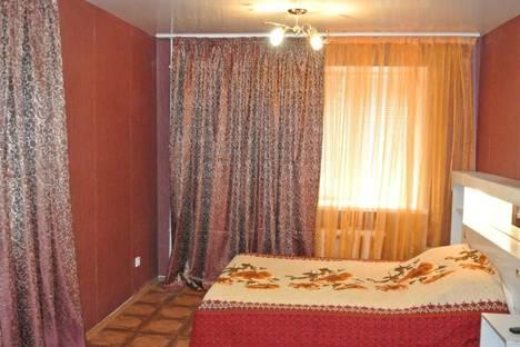 Сдается 1-комнатная квартира посуточно в Нижнекамске, строителей 11.