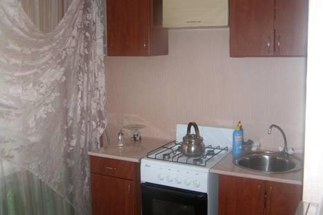 Сдается 1-комнатная квартира посуточно в Нижнекамске, ул. 30 лет Победы 17.