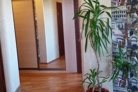 Сдается 2-комнатная квартира посуточнов Улан-Удэ, ул. Добролюбова, 37 а.