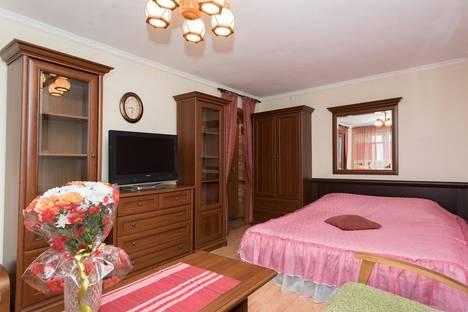 Сдается 1-комнатная квартира посуточнов Берёзовском, Шейнкмана 45.