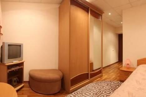 Сдается 2-комнатная квартира посуточнов Лысьве, Чусовой, ул.50 лет ВЛКСМ, 27.