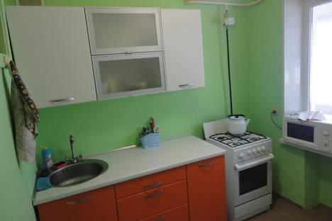 Сдается 1-комнатная квартира посуточно в Чайковском, ул. Камская, д. 5.