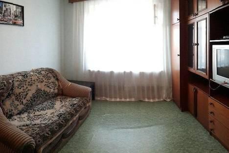Сдается 1-комнатная квартира посуточно в Чайковском, ул. Советская, д. 34.