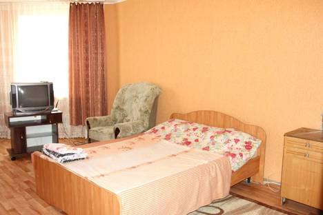 Сдается 1-комнатная квартира посуточно в Саратове, улица Тархова, 7.