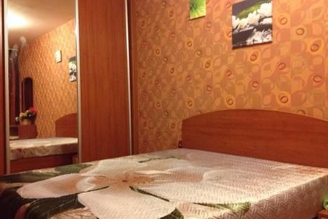 Сдается 2-комнатная квартира посуточно в Новосибирске, улица Ленина, 73.