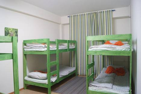 Сдается 2-комнатная квартира посуточно в Красной Поляне, Эстонская улица, 37.