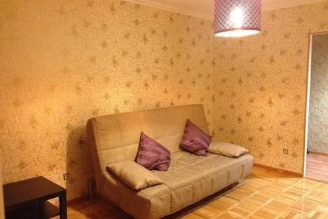 Сдается 2-комнатная квартира посуточно в Майкопе, Пионерская 391.
