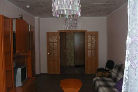 Сдается 2-комнатная квартира посуточнов Екатеринбурге, ул. Циолковского, 27.