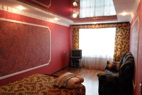 Сдается 2-комнатная квартира посуточно в Уральске, Ескалиева 186.