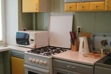 Сдается 3-комнатная квартира посуточнов Урае, Микрорайон 3, 11.
