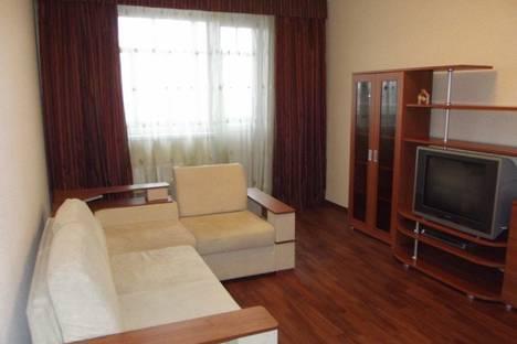 Сдается 2-комнатная квартира посуточно, ул. Пермская д. 4.