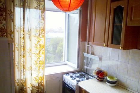 Сдается 1-комнатная квартира посуточнов Казани, ул. Татарстан, 52.