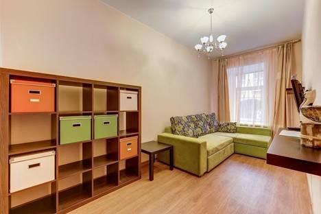 Сдается 2-комнатная квартира посуточнов Санкт-Петербурге, Марата 39.