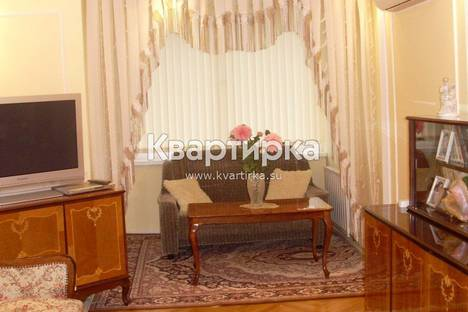 Сдается 2-комнатная квартира посуточнов Сочи, Нагорная 27.