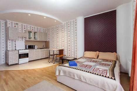 Сдается 1-комнатная квартира посуточно в Тюмени, 50 лет ВЛКСМ 13 к 1.