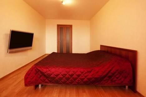 Сдается 1-комнатная квартира посуточнов Тюмени, Самарцева   3.