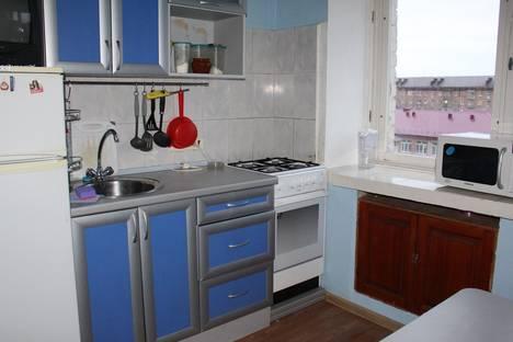 Сдается 3-комнатная квартира посуточно в Тюмени, ул. Мельникайте, д. 99.