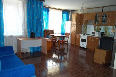 Сдается 3-комнатная квартира посуточно в Тюмени, Республики 10.