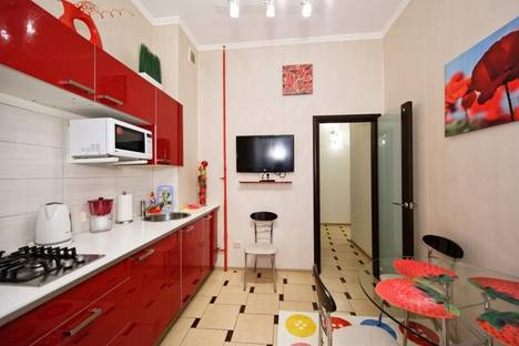 Сдается 1-комнатная квартира посуточнов Петергофе, Невский проспект, 79.