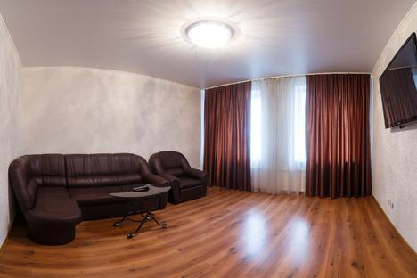 Сдается 1-комнатная квартира посуточнов Казани, ул. Чистопольская, 86.