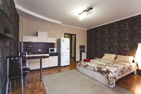 Сдается 1-комнатная квартира посуточнов Тюмени, 50 лет ВЛКСМ 13.