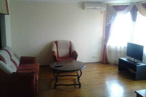 Сдается 1-комнатная квартира посуточно в Орле, ул. Набережная Дубровинского 58.
