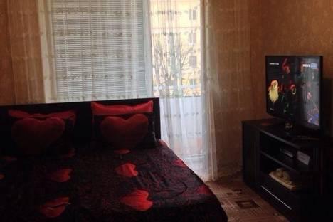 Сдается 2-комнатная квартира посуточно в Нальчике, Ленина 45.