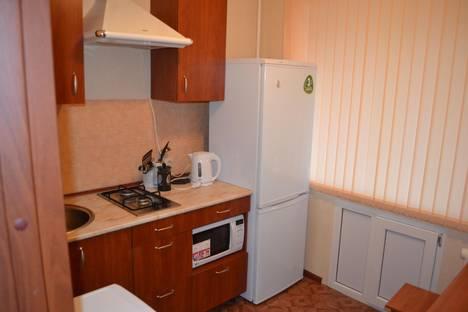 Сдается 3-комнатная квартира посуточно в Северодвинске, ул. Плюснина, 2.
