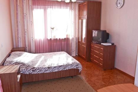 Сдается 1-комнатная квартира посуточнов Екатеринбурге, ул. Старых Большевиков, 54.