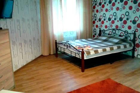 Сдается 1-комнатная квартира посуточнов Воронеже, ул. Шишкова, 72/3.