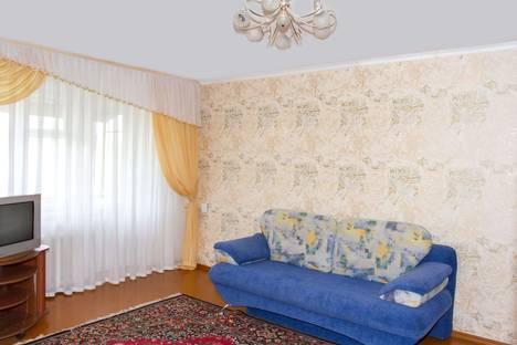 Сдается 3-комнатная квартира посуточно в Новокузнецке, Октябрьский проспект, 50.