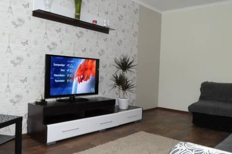 Сдается 2-комнатная квартира посуточно в Белокурихе, ул. Братьев Ждановых, 1.