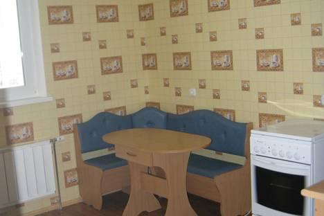 Сдается 1-комнатная квартира посуточнов Дзержинске, Есенина,4.