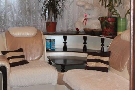 Сдается 2-комнатная квартира посуточно в Северодвинске, Беломорский проспект, 59.