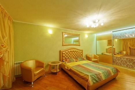 Сдается 1-комнатная квартира посуточно в Челябинске, ул. Молодогвардейцев, 64б.