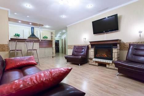Сдается 2-комнатная квартира посуточно в Челябинске, ул. Молодогвардейцев, 64б.