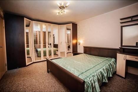 Сдается 2-комнатная квартира посуточно в Ростове-на-Дону, переулок Семашко, 99/248.