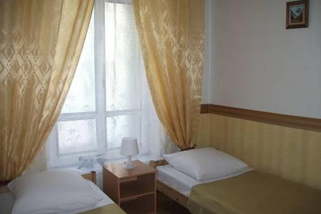 Сдается комната посуточнов Санкт-Петербурге, ул. Казанская, д.42.
