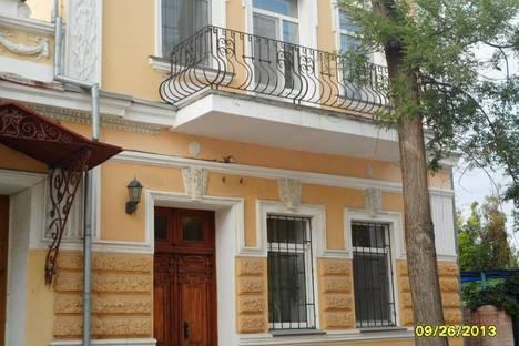 Сдается 2-комнатная квартира посуточнов Мирном, Лукичева, 3.