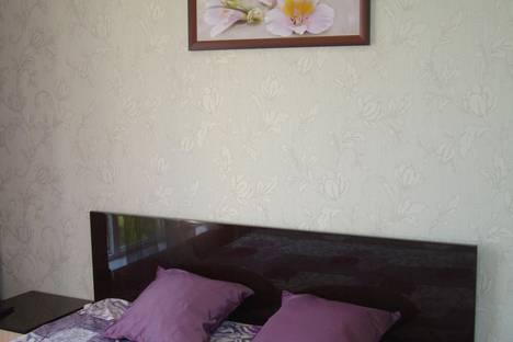 Сдается 2-комнатная квартира посуточно в Сочи, ул. Бытха, 41/24.