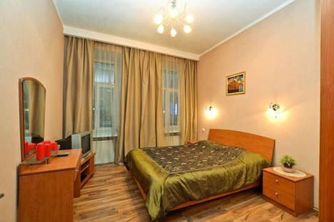 Сдается 2-комнатная квартира посуточнов Санкт-Петербурге, Невский проспект, 124.