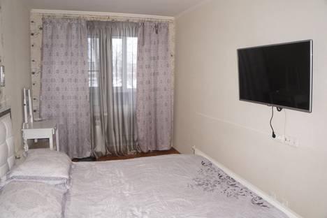 Сдается 3-комнатная квартира посуточнов Зеленограде, ул. Софьи Ковалевской, 2к4.