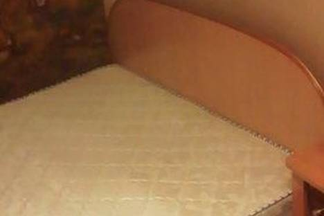 Сдается 2-комнатная квартира посуточно в Чите, ул. Богомягкова,  49.