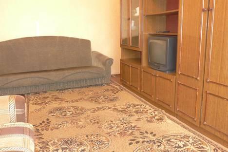 Сдается 1-комнатная квартира посуточнов Кирове, ул. Комсомольская, 37.