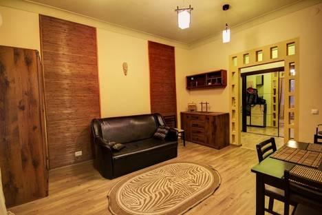 Сдается 2-комнатная квартира посуточнов Мариуполе, Артема 48.