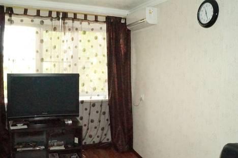Сдается 1-комнатная квартира посуточнов Новочеркасске, ул. Силикатная, 15.