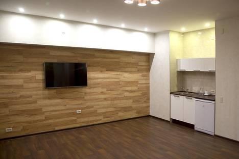 Сдается 2-комнатная квартира посуточно в Кирове, Заводская, 1а.