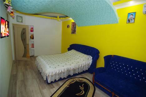 Сдается 1-комнатная квартира посуточно в Алуште, Октябрьская 30.